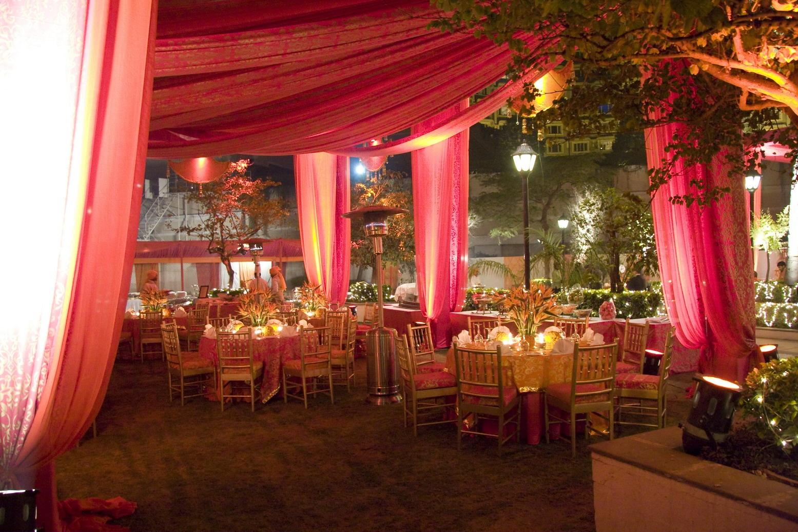 A Wedding by Twilight | Ultimate Wedding Magazine 3