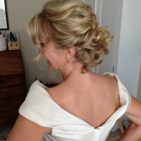 Embracing the bob - Wedding hair inspiration for brides with shorter hair | Ultimate Wedding Magazine 4