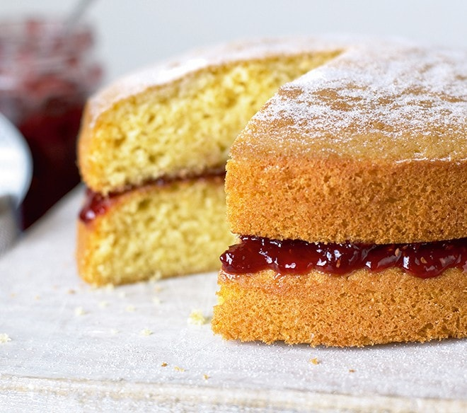 Mary Berry Victoria Sandwich | BBC Good Food Bakes and Cakes Show Discount