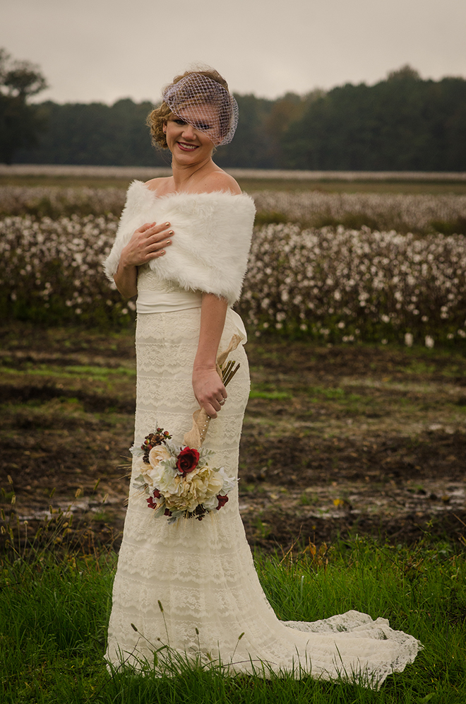 Bride in winter | Christmas Chic | Fancy This Photography | Ultimate Wedding Magazine