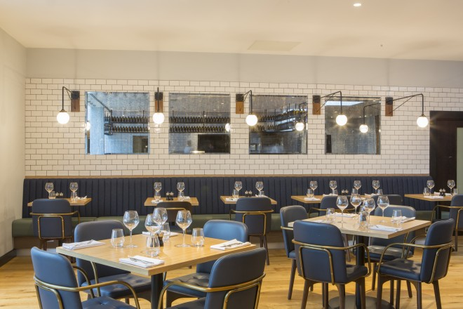 Restaurant seating | Crowne Plaza Gerrards Cross Restaurant Review