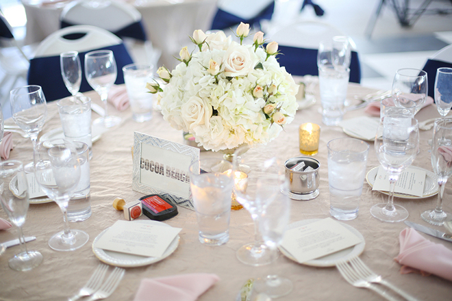 Pastel wedding table | Canada joins USA on Lake Erie | Blue Martini Photography