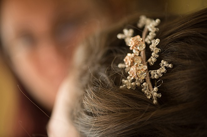 Bridal hair accessory | Regal Winter Wedding | Bokeh Love Photography