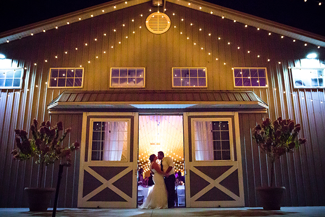Barn at night | Barn Wedding in Ohio | Photos by Yvonne
