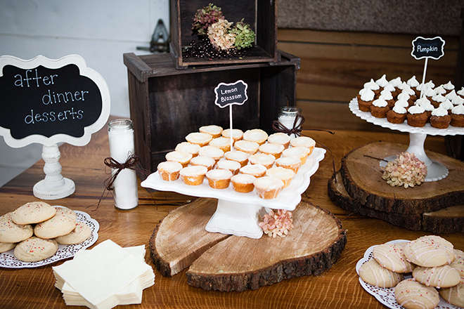 Sweet Treats Table | Barn Wedding in Ohio | Photos by Yvonne