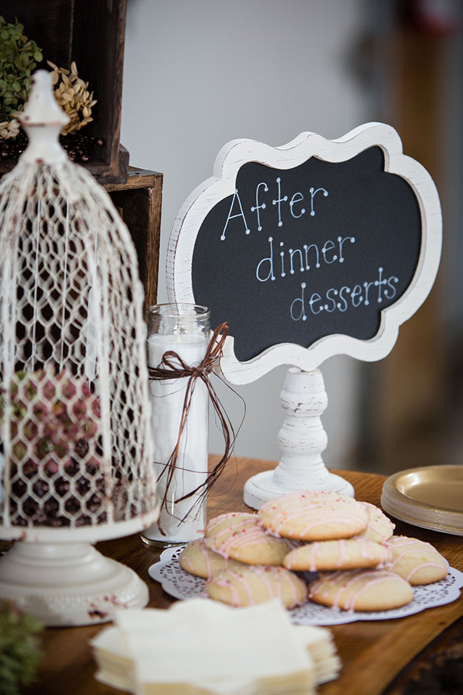 Wedding Dessert Table sign | Barn Wedding in Ohio | Photos by Yvonne