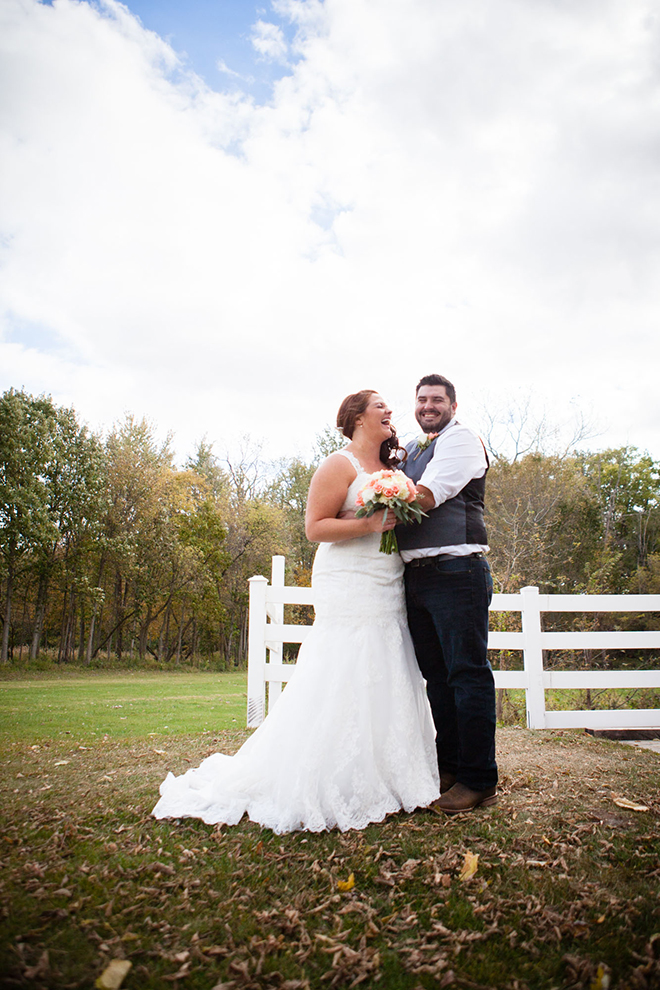 Wedding couple laughing | Barn Wedding in Ohio | Photos by Yvonne