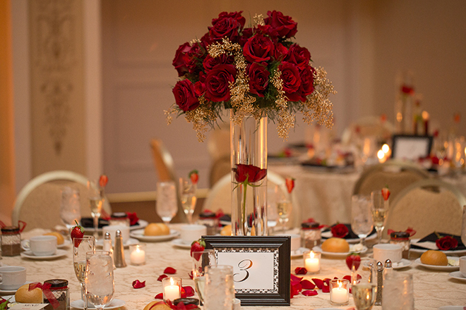 Wedding tables | Regal Winter Wedding | Bokeh Love Photography