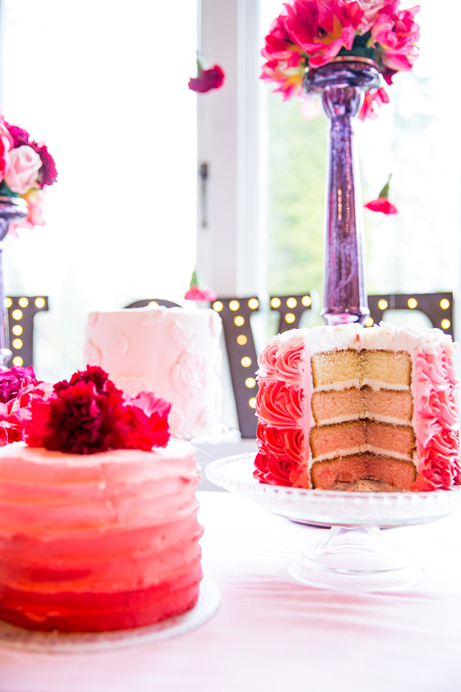 Pink wedding cake and flowers | Ombre Pink | Joanna Moss Photography