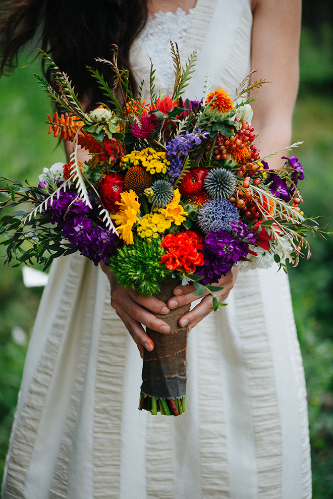 Rustic wedding bouquet | Where the wild things are | Elizabeth Cryan Photography