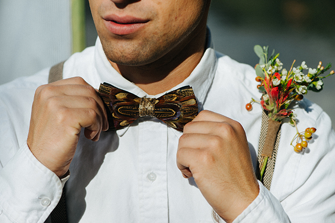 Natural bowtie and button flowers | Where the wild things are | Elizabeth Cryan Photography