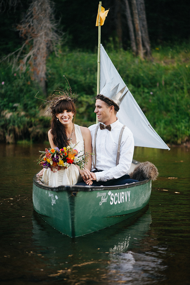 Bride and Groom in a boat | Where the wild things are | Elizabeth Cryan Photography