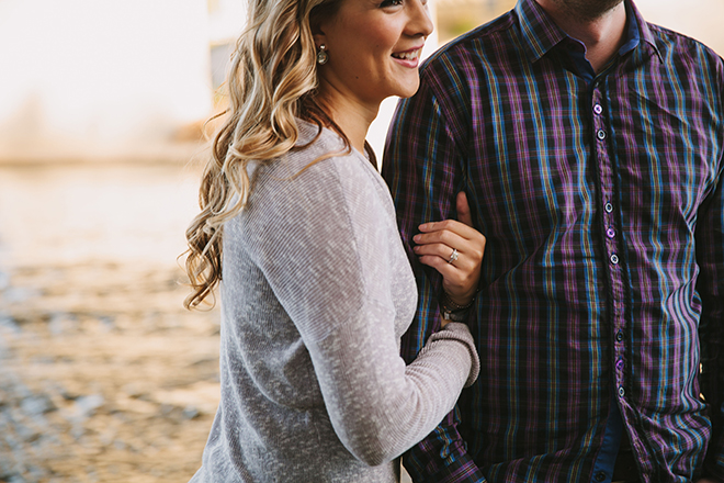 Engagement ring | Autumn Engagement in Alberta | Twitchy Finger Photography