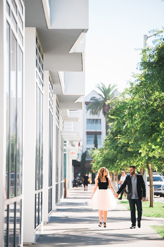 Couple walking in Santa Monica | Engagement in Santa Monica | Randy + Ashley Photography