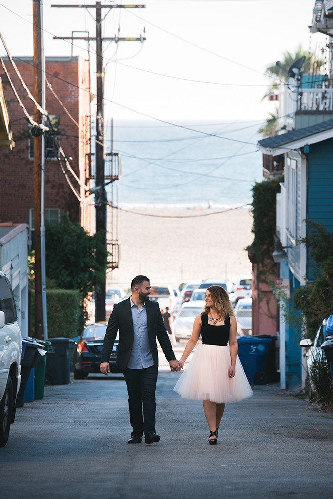 Engaged couple near the ocean | Engagement in Santa Monica | Randy + Ashley Photography