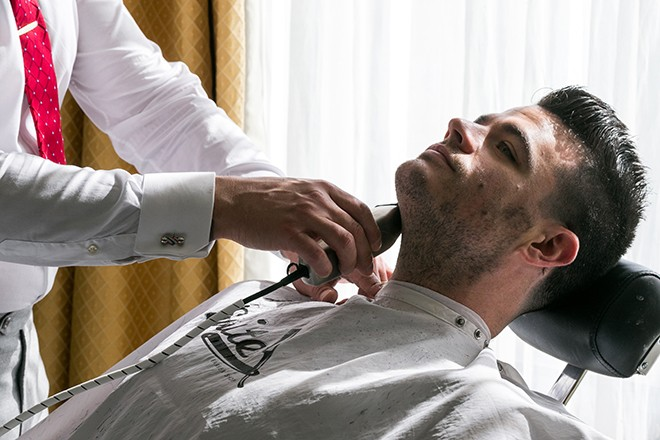 Pre-shave | Grooming the groom | Michael Bennett Kress Photography