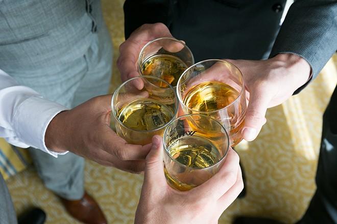 Whiskey in glasses | Grooming the groom | Michael Bennett Kress Photography