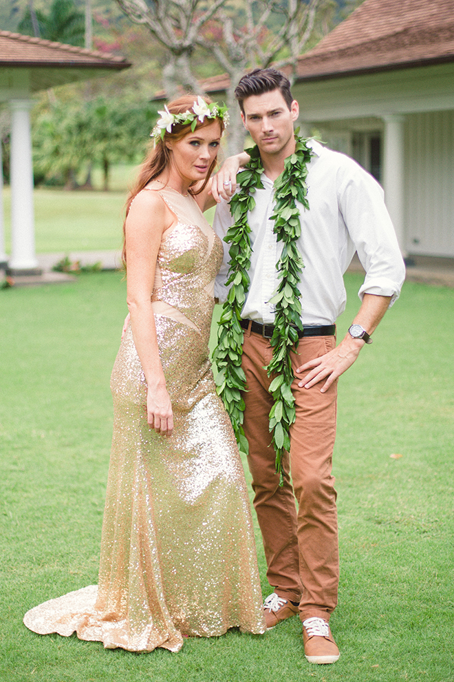 Gold Sequin Wedding Dress | Paradise in Hawaii | Jenna Lee Pictures