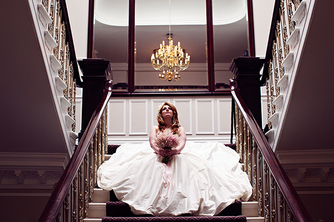 Bride sitting on stairs | Pantone Wedding Colours | Teresa C Photography