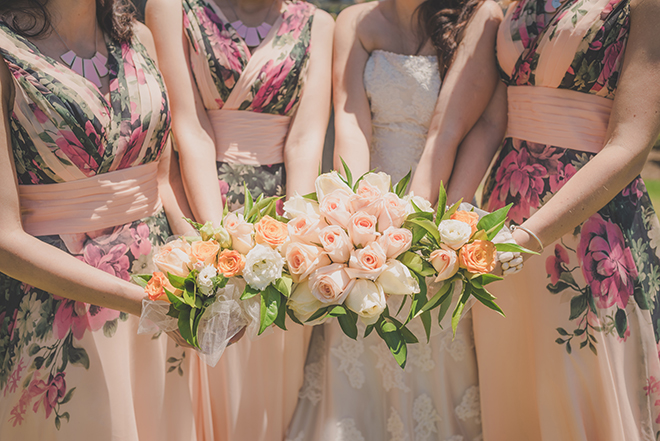 Bridal bouquets | Rose Garden Beach Wedding | Levien and Lens Photography