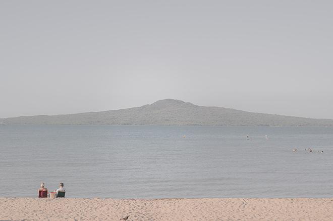 Beach wedding | Rose Garden Beach Wedding | Levien and Lens Photography