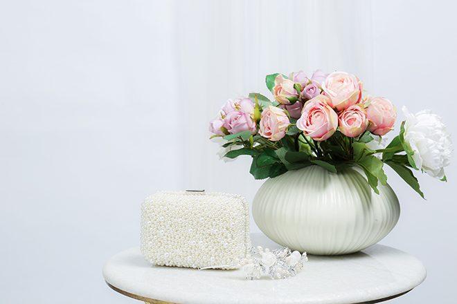 White wedding clutch