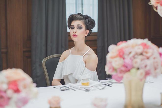 Sleek White Dress | City Chic | Zoe Ann Photography