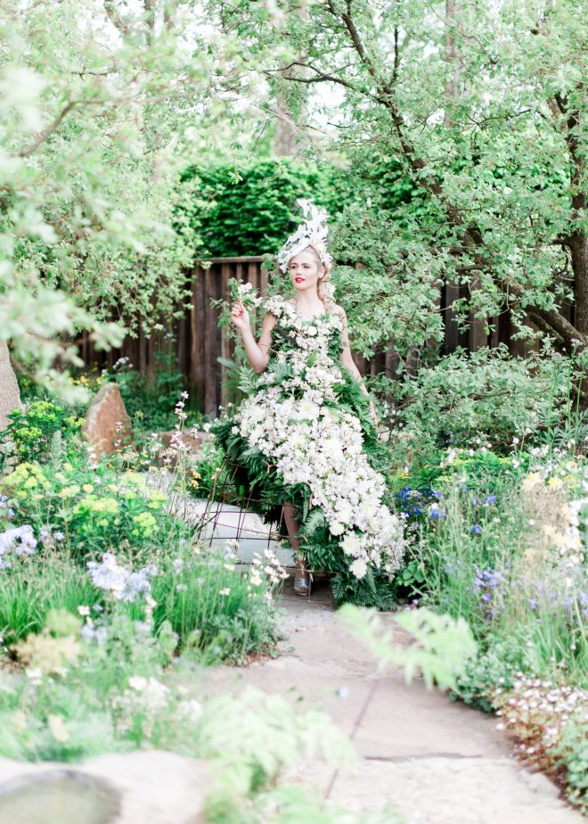 Flowers dress | Ultimate Wedding Magazine | Kate Nielen Photography