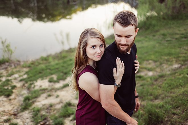 Woman hugging man | Modern Country Engagement | Brandy Swartz Photography