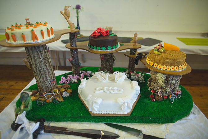 Woodland theme cakes | Outdoor Humanist Wedding | Ragdoll Photography