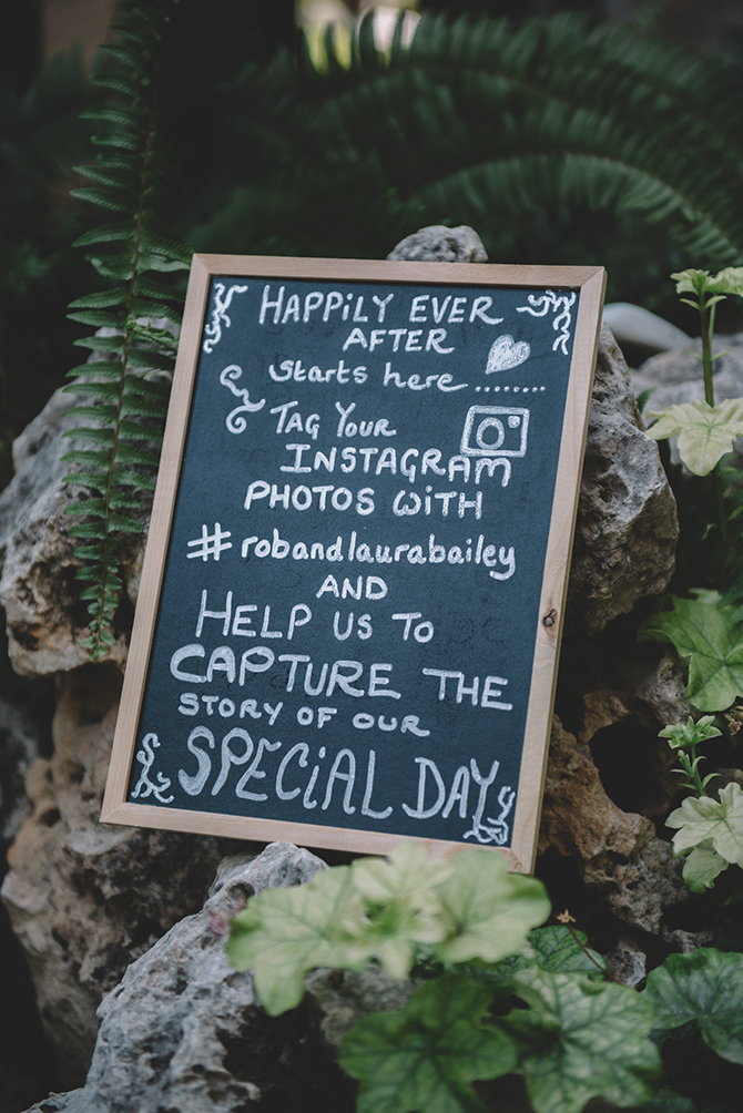 Wedding instagram sign | Rustic Wedding in Cyprus | Christodoulou Photography