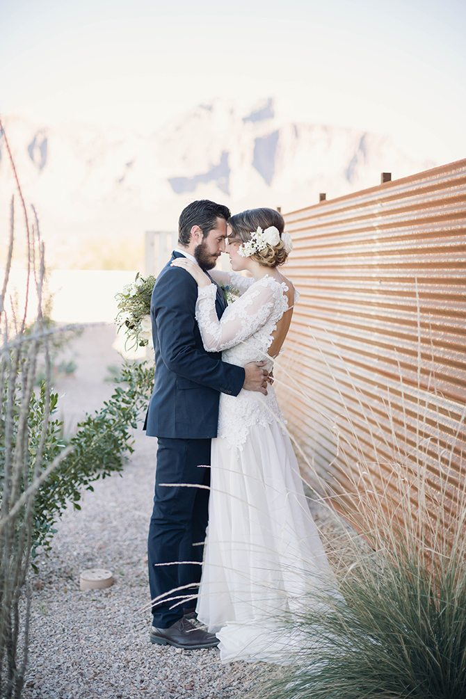 Bride and groom before ceremony | Geometric Wedding Inspiration | Unfaded Beauty Photography
