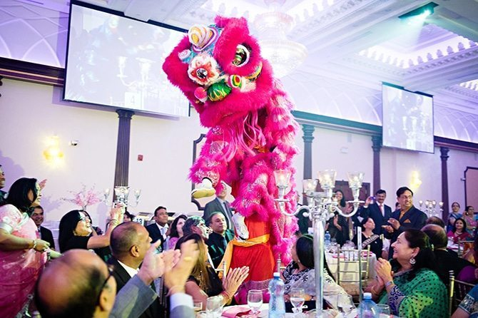 Chinese dragon dancers | Colourful Asian Inspired Hindu Wedding | HRM Photography