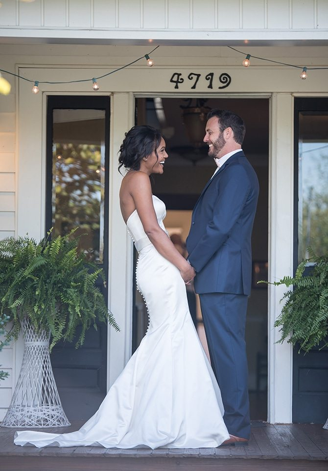 Bride and Groom together | Autumn wedding in North Carolina | Yasmin Leonard