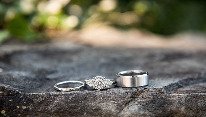 Wedding rings | Autumn wedding in North Carolina | Yasmin Leonard