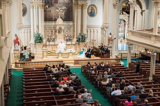 Church ceremony | Lake Side Wedding | Krystal Balzer Photography