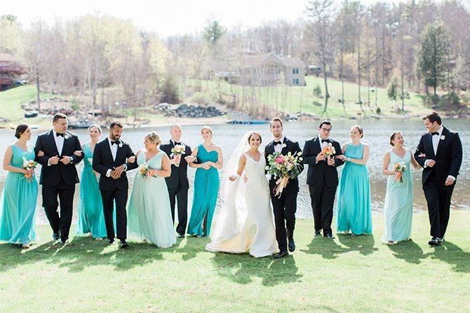 Wedding party beside lake | Lake Side Wedding | Krystal Balzer Photography
