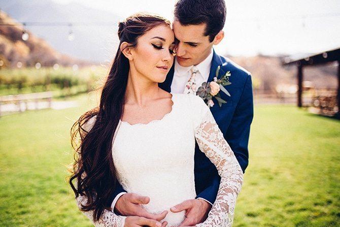 Engaged couple | Charming Barn Wedding | Kate Olson Photo
