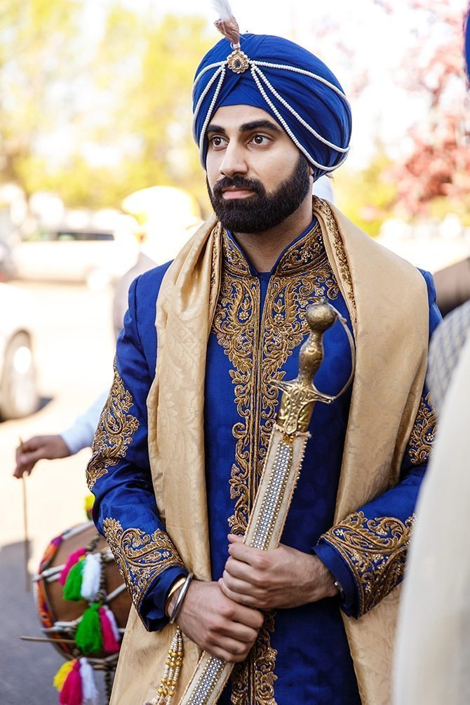 Sikh groom | Downtown Wedding in Edmonton | Shandro Photo
