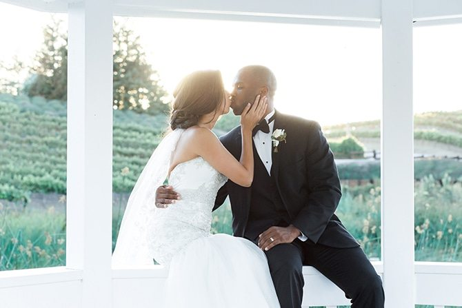 Wedding couple kissing | Vineyard Wedding in Hollister | Amy Bluestar Photography