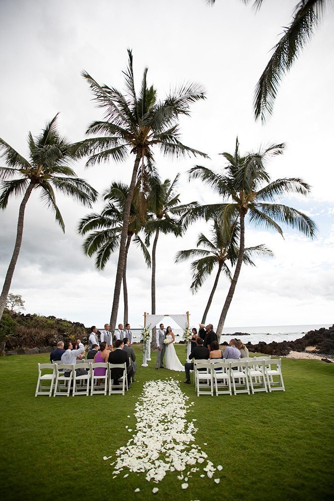 Hawaii beach wedding | Intimate Hawaiian Beach Wedding | Joanna Tano Photography