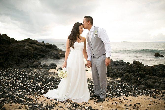 Couple on Hawaii beach | Intimate Hawaiian Beach Wedding | Joanna Tano Photography
