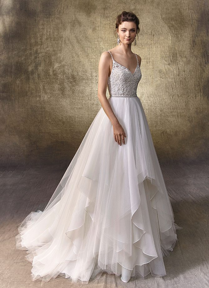 Wedding dresses for Pear shape