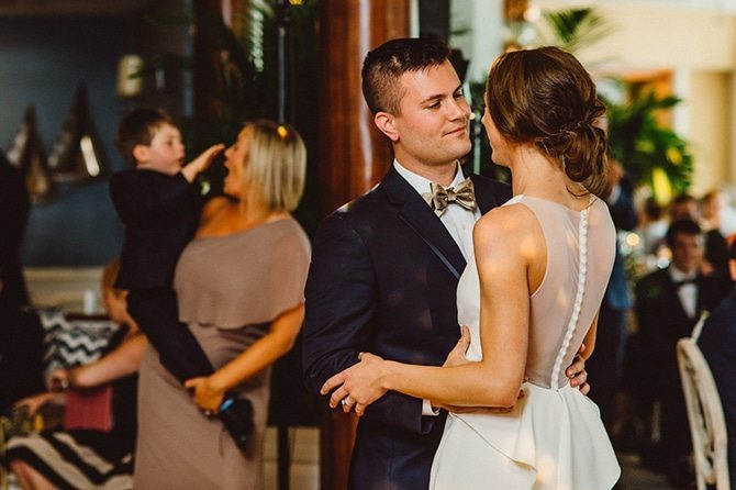 Wedding first dance | Nautical Wedding in Ohio | Aster & Olive Photography