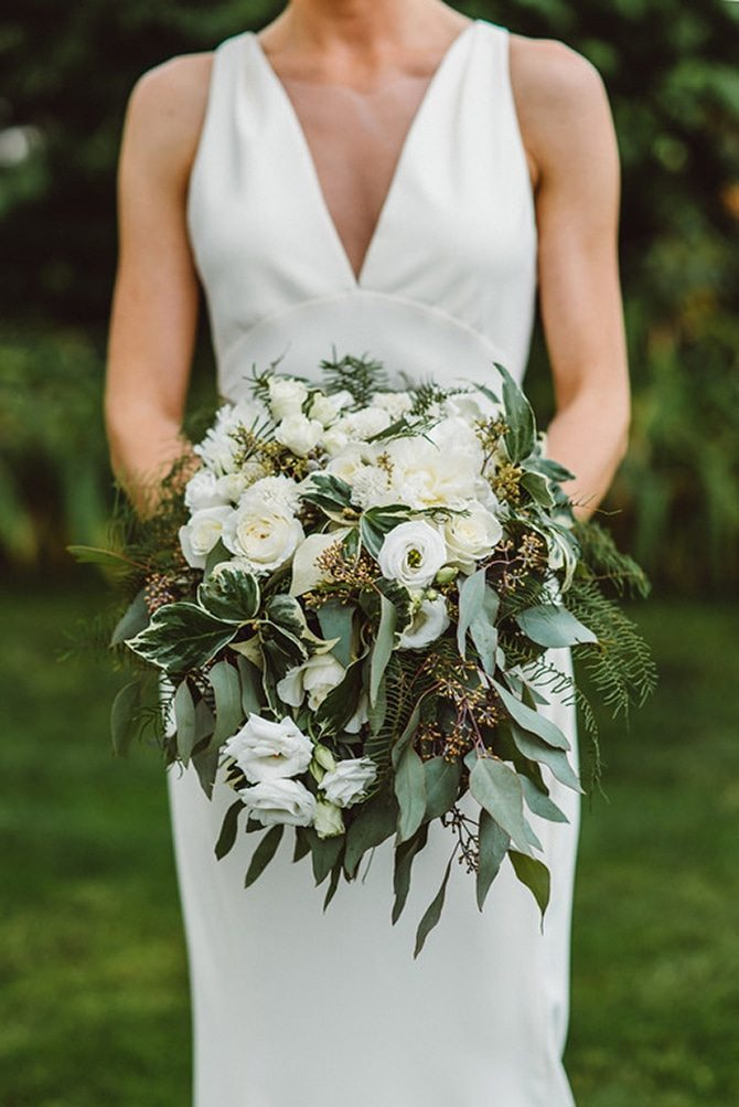 Bridal bouquet | Nautical Wedding in Ohio | Aster & Olive Photography