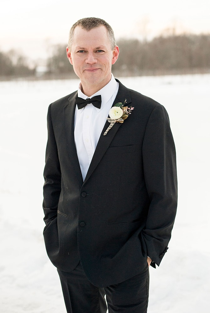 Winter Groom | Glamorous Snowy Vineyard Wedding | Tonya Damron Photography