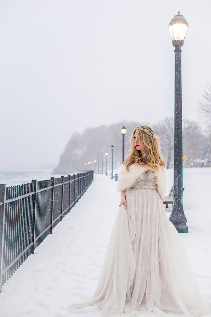 Winter bride in snow | Glamorous Snowy Vineyard Wedding | Tonya Damron Photography