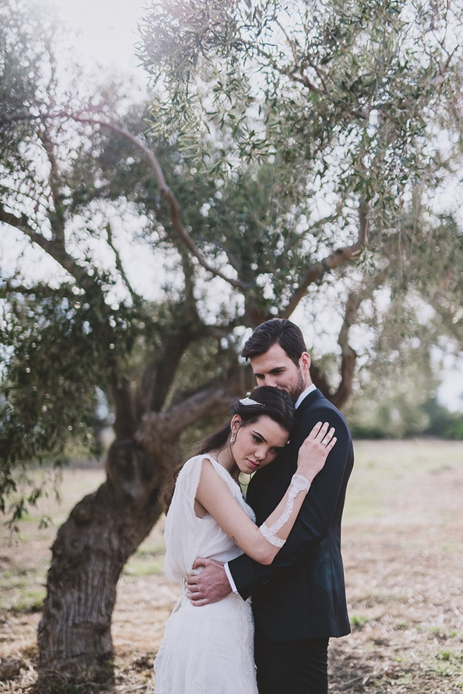 Bride and Groom outdoor reception | Greek Countryside Wedding | Andreas Markakis Photography