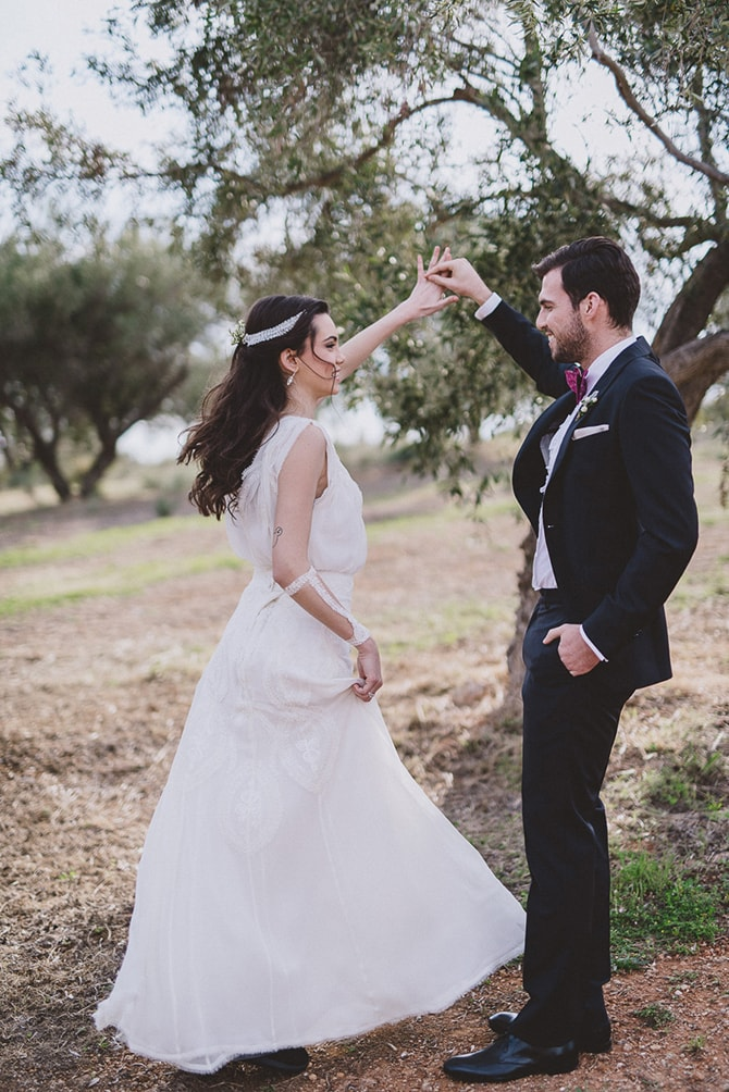 Bride and Groom dancing | Greek Countryside Wedding | Andreas Markakis Photography