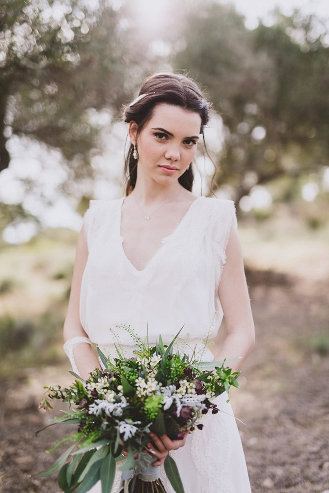 Bride with rustic green bouquet | Greek Countryside Wedding | Andreas Markakis Photography